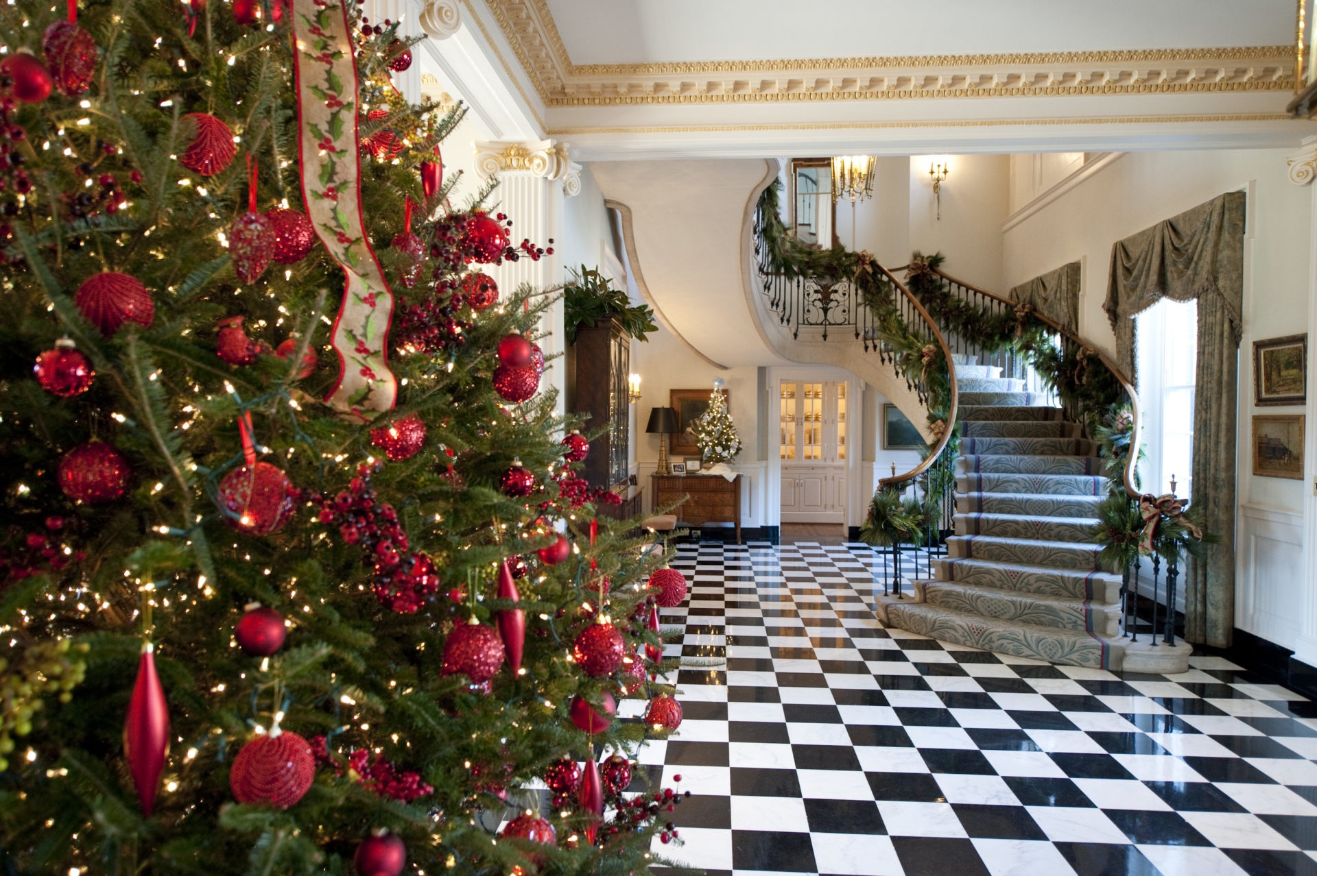 tennessee governor residence holiday decorating liz bushong - Mansion Christmas Decorations