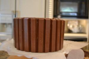 Easter Kit Kat Basket-kit kat coverd cake-www.lizbushong.com