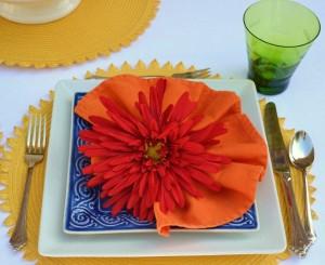 SpringTablescape Idea|Gerber Daisies|www.lizbushong.com