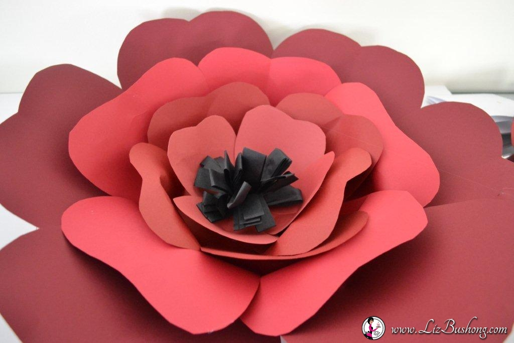 DIY: Tissue Paper & Card Stock Flowers|www.lizbushong.com