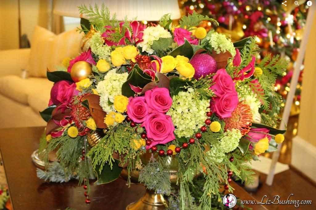 http://lizbushong.com/wp-content/uploads/2016/12/Vice-Presidents-Residence-livingroom-floral-arrangement-lizbushong.com_.png