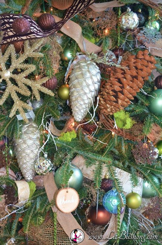 http://lizbushong.com/wp-content/uploads/2016/12/Vice-Presidents-Residence-woodsy-ornaments-lizbushong.com_.png