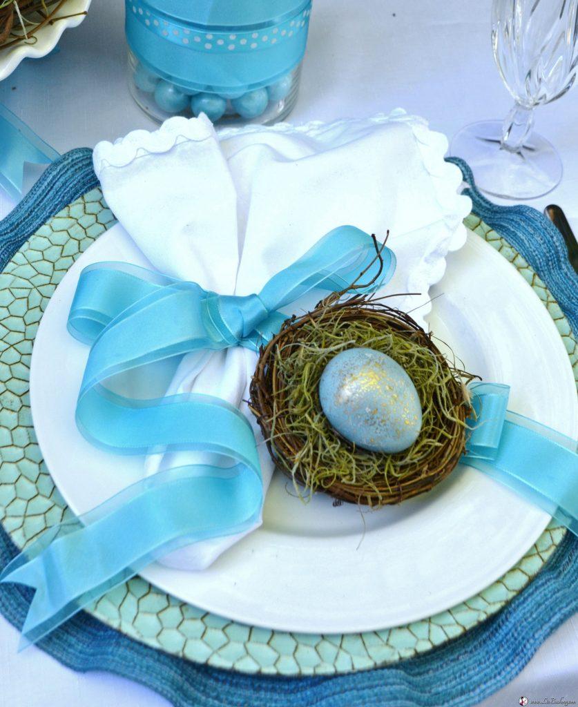 http://lizbushong.com/wp-content/uploads/2017/04/Easter-Robin-Blue-Eggs-cabbage-cooking-lizbushong.com_.jpg