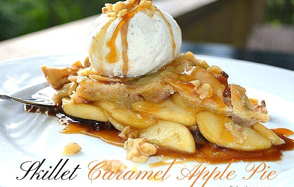 Skillet Caramel Apple Pie. lizbushong.com