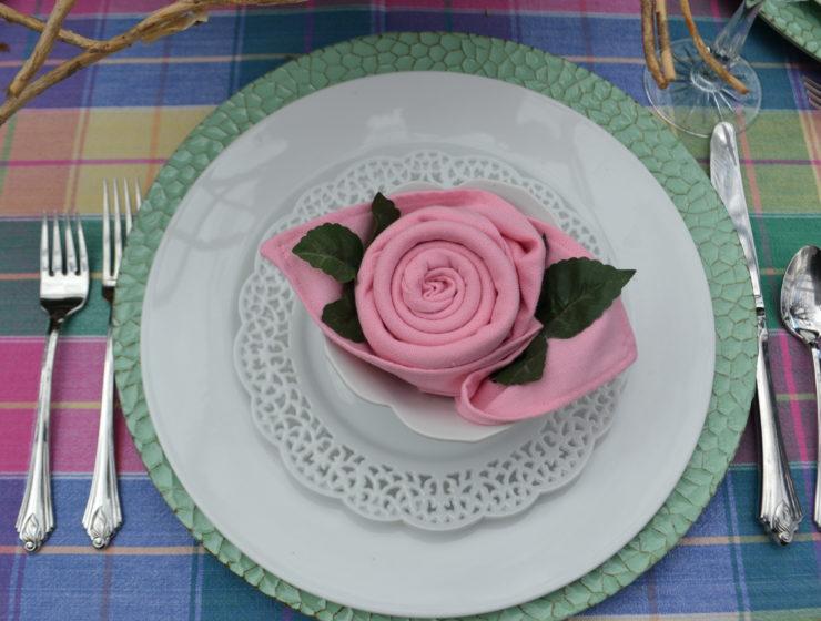 Rose Napkin Fold-lizbushong.com