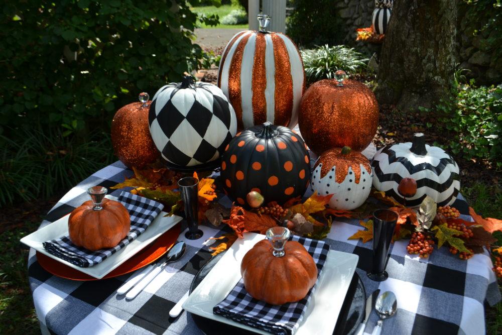 Best Black & White Pumpkin Tablescape-lizbushong.com-3
