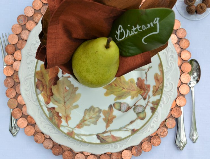 Copper & Bronze tablescape- placestting with penny charger-lizbushong.com