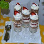strawberry yogurt pop up treats