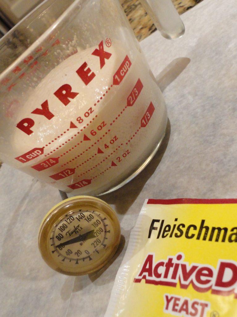 Proofing yeast. lizbushong.com