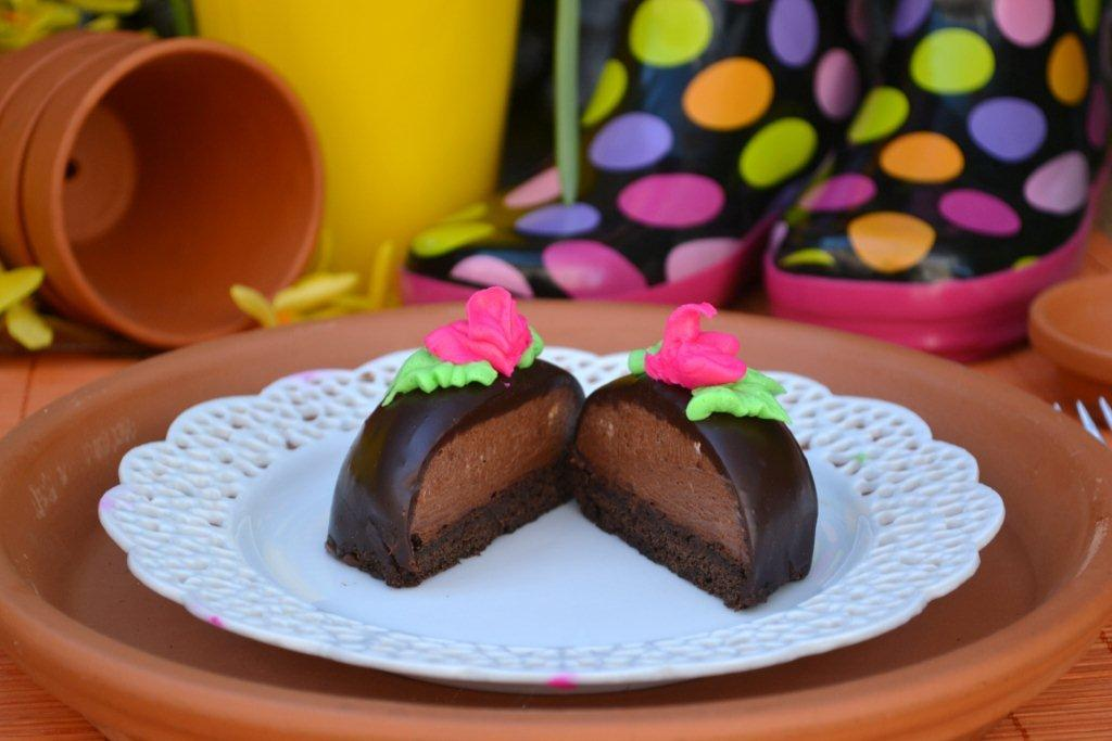 Chocolate Mousse Brownie Cakes