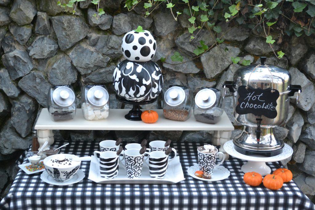 Hot Chocolate Bar Ideas|www.lizbushong.com