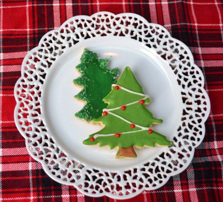 Christmas Tree Tailgate|www.lizbushong.com