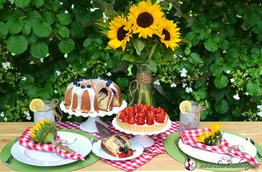 How to Set a Berry Dessert Tablescape www.lizbushong.com