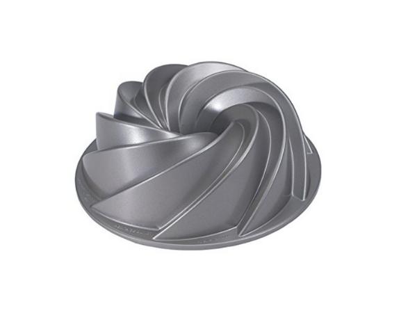 Heritage Swirl Bundt Pan