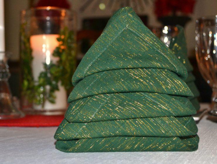 Christmas Tree napkin fold- www.lizbushong.com