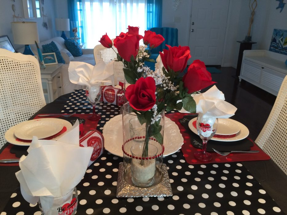 Maries black, red and white tablescape lizbushong.com