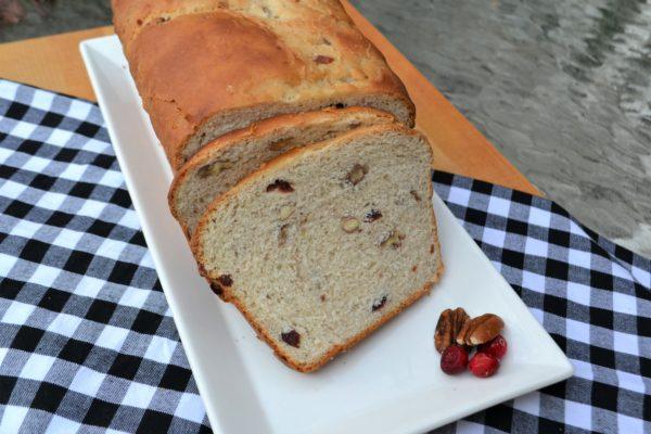 Cranberry Pecan yeast bread-lizbushong.com