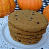 Soft Pumpkin Chocolate Chip Cookies- 1 A lizbushong.com