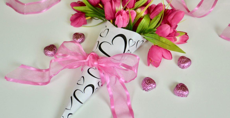 DIY|Valentine Paper cone Bouquet lizbushong.com