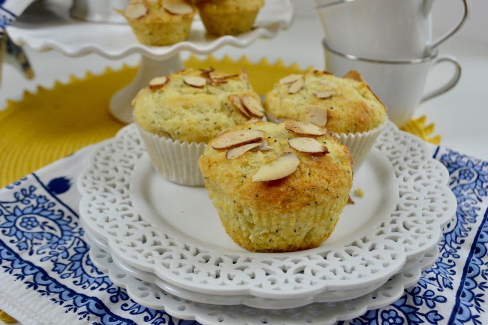 Almond Poppy Seed Muffins Set- lizbushong.com