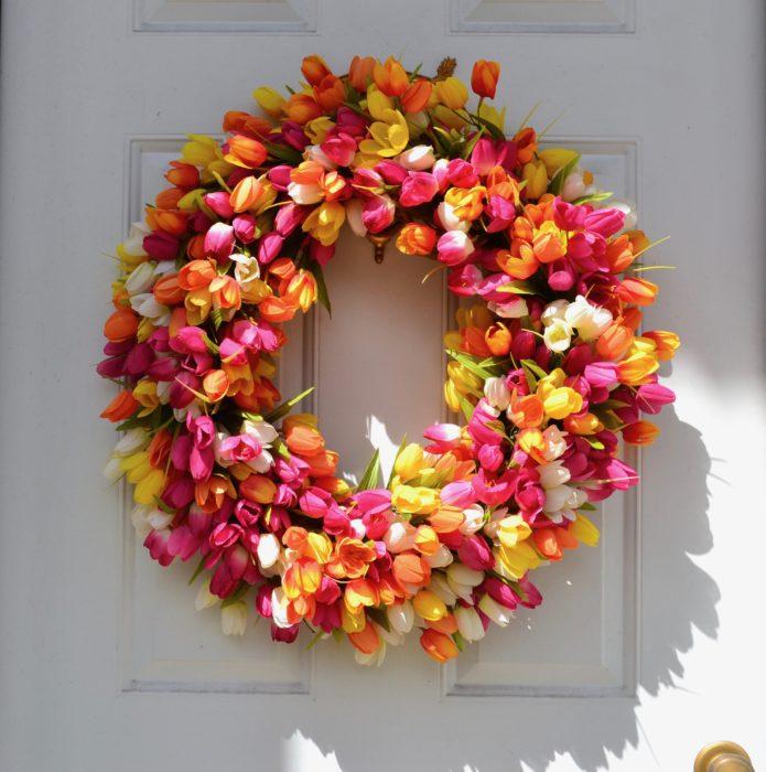 Spring Tulip Wreath lizbushong.com