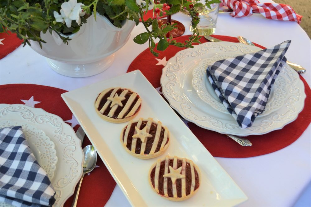 Red, White, Blue Stars n Stripes Tablescape-dessert 3-lizbushong.com