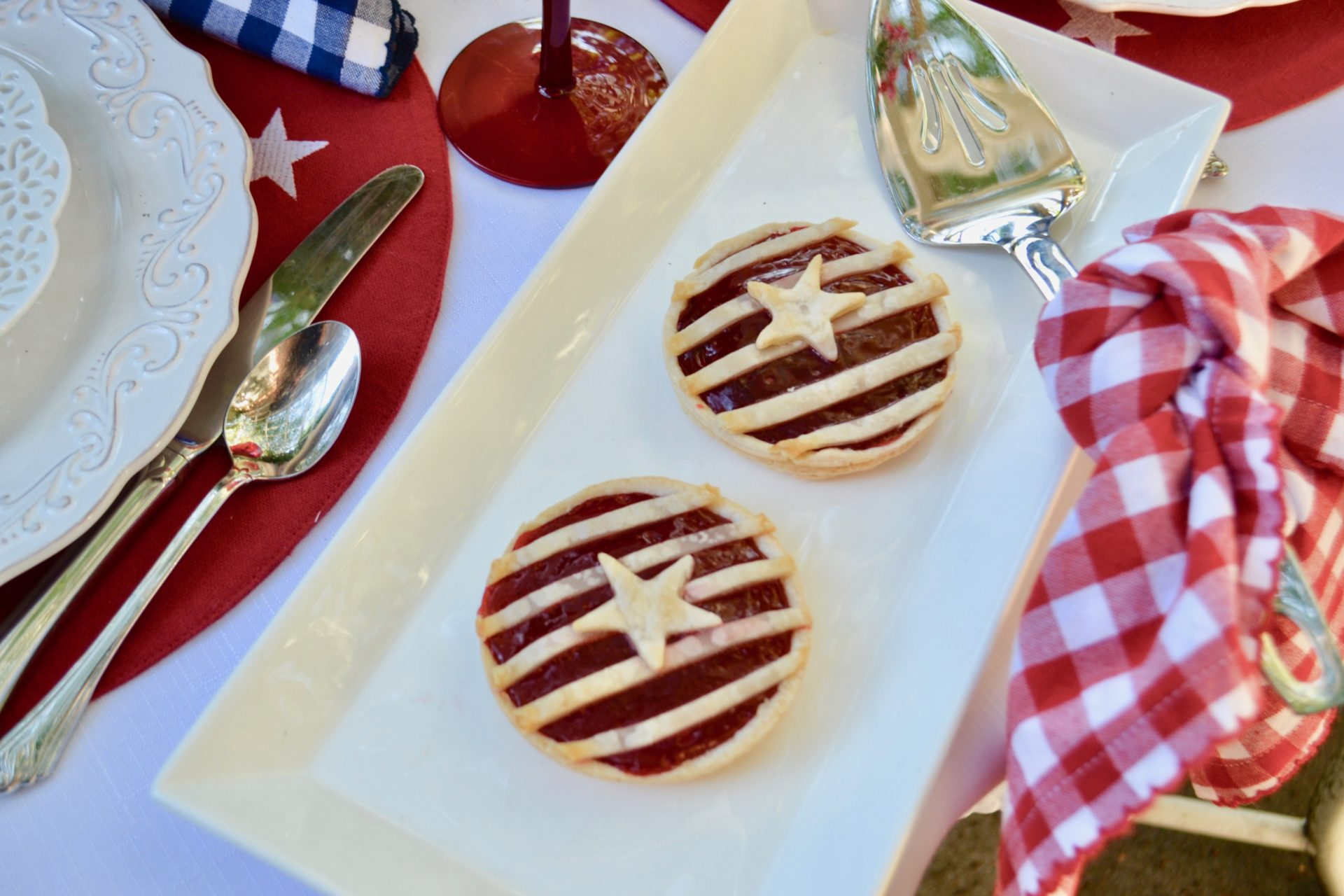 Stars n Stripes Red white and blue dessert- lizbushong.com