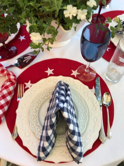 Tavern napkin fold- placesetting-lizbushong.com