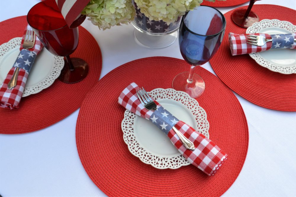 4th of July Place Setting- lizbushong.com