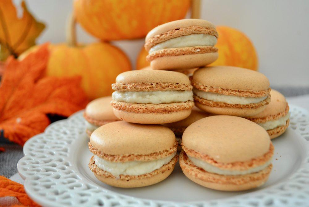 Best Pumpkin Spice Macrons- lizbuhong.com