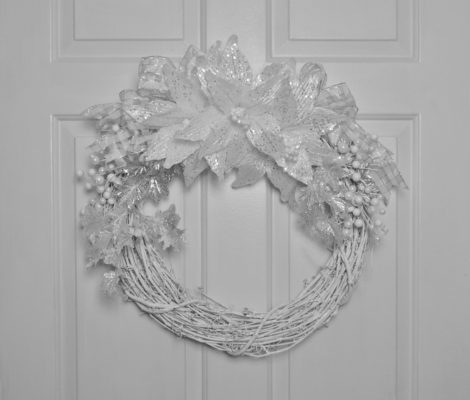 Silver Winter Wreath DIY lizbushong.com