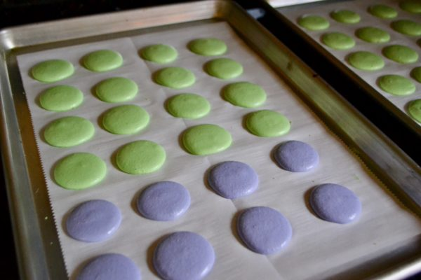 How to make mardi gras macrons lizbushong.com