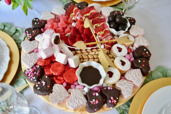Valentine Dessert Board- Cakes and Candies lizbushong.com