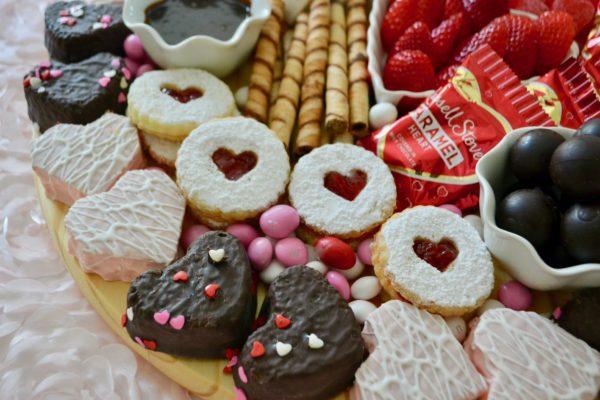 Valentines Day Dessert Board Cookies lizbushong.com