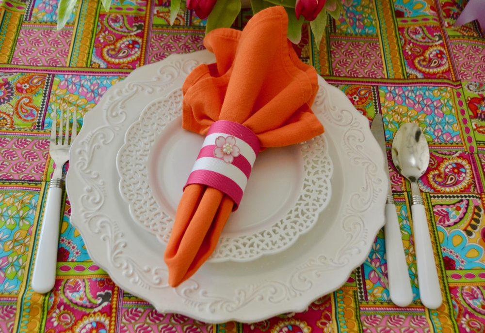 DIY Napkin Ring/5 Spring Table Setting Ideas lizbushong.com