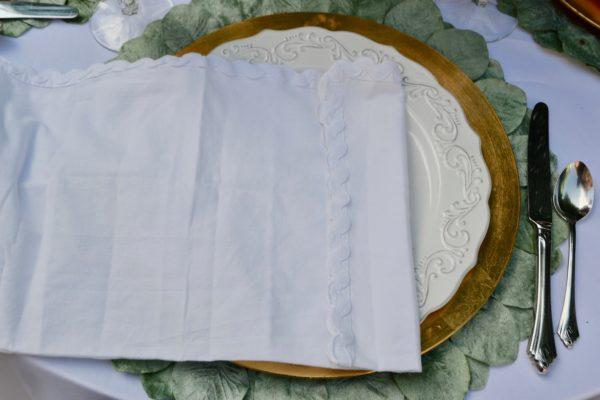 DIY Peony Napkin Fold lizbusong.com
