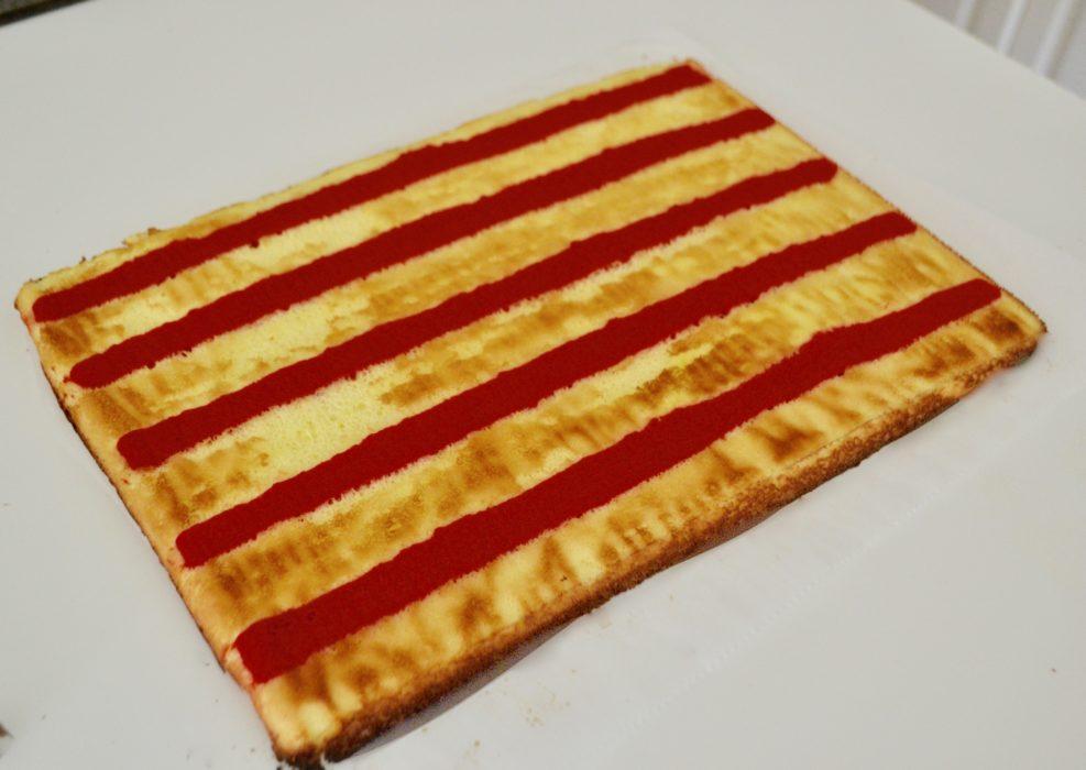Patriotic Cake Roll lizbushong.com