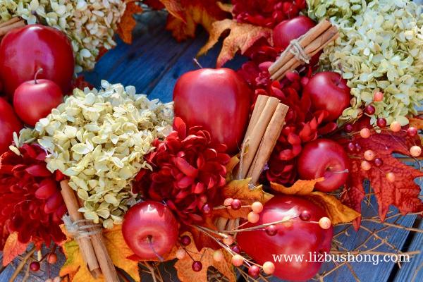 Fall Apple Wreath DIY lizbushong.com