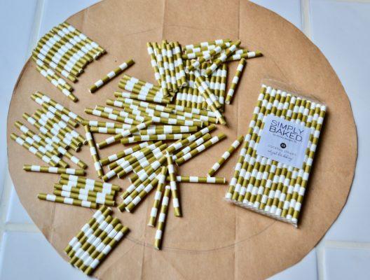 Gnome Charger for Christmas Table setting lizbushong.com
