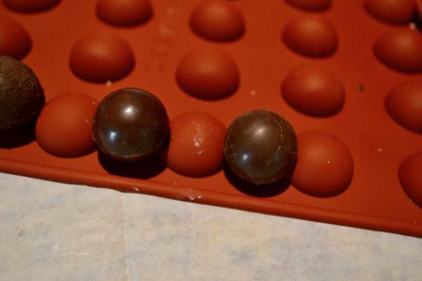 Mini Chocolate Bombs Mold lizbushong.com