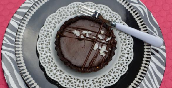 Dark Chocolate Coconut ganache tart lizbushong.com