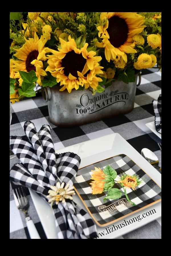How to set a sunflower table setting lizbushong.com