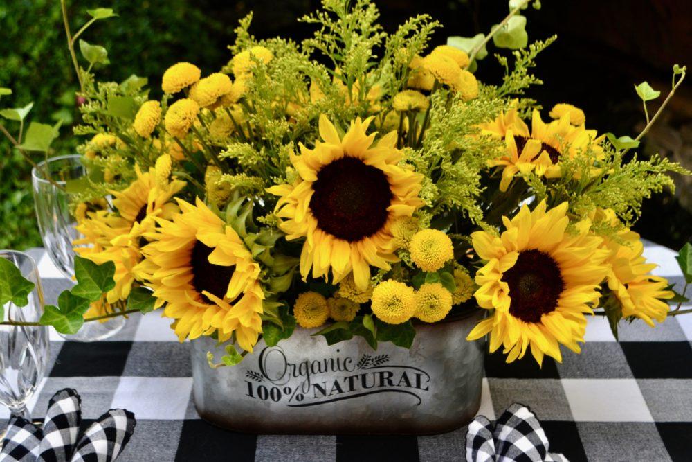How to set a sunflower table setting-lizbushong.com