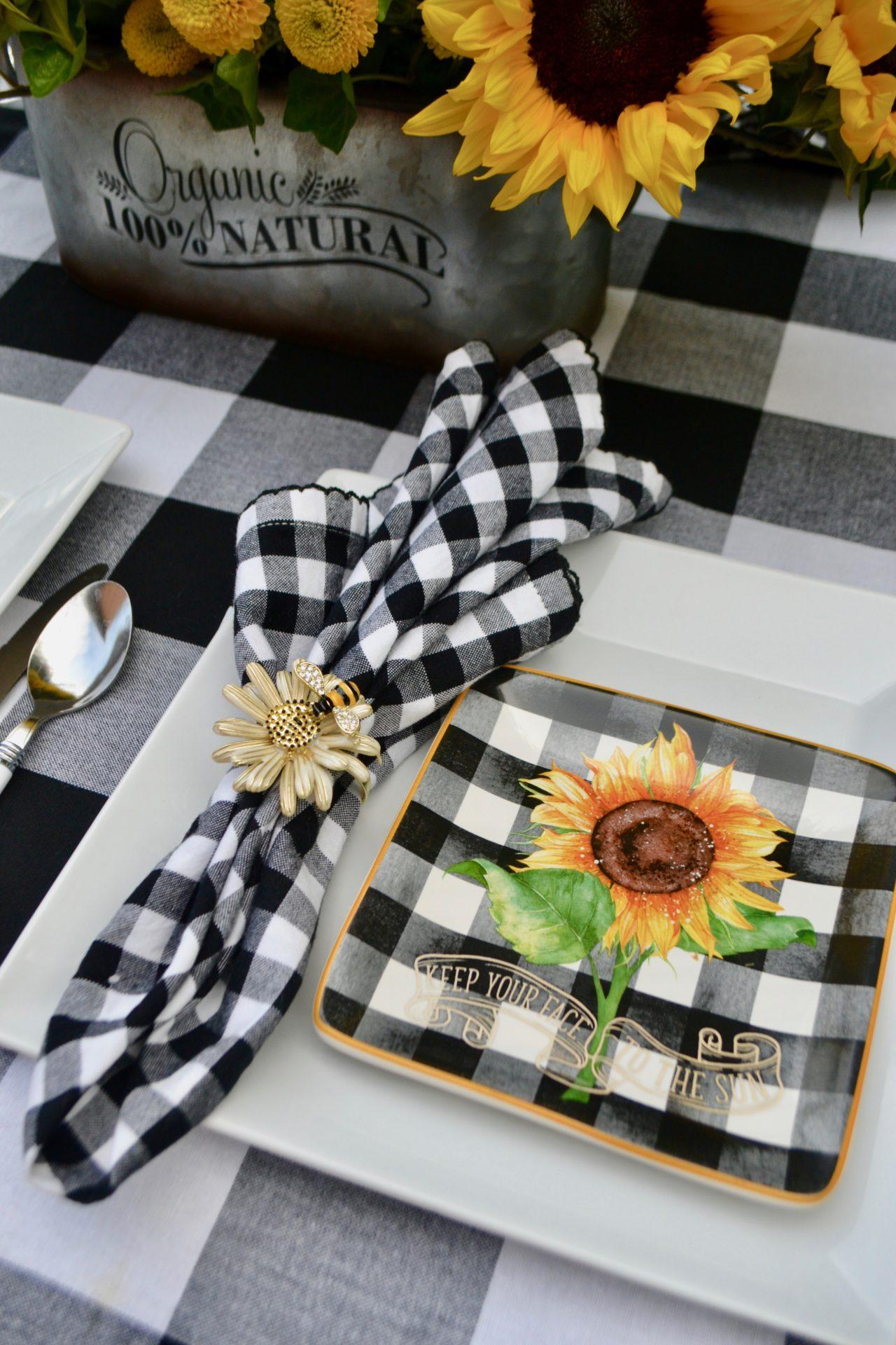 How to set a sunflower table lizbushong.com