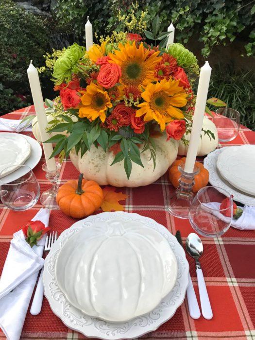 How to Make Pumpkin blooming centerpiece/tablesetting lizbushong.com